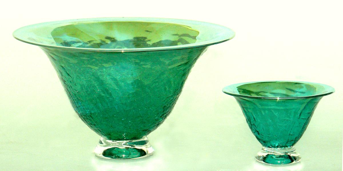 lt green crackle bowls