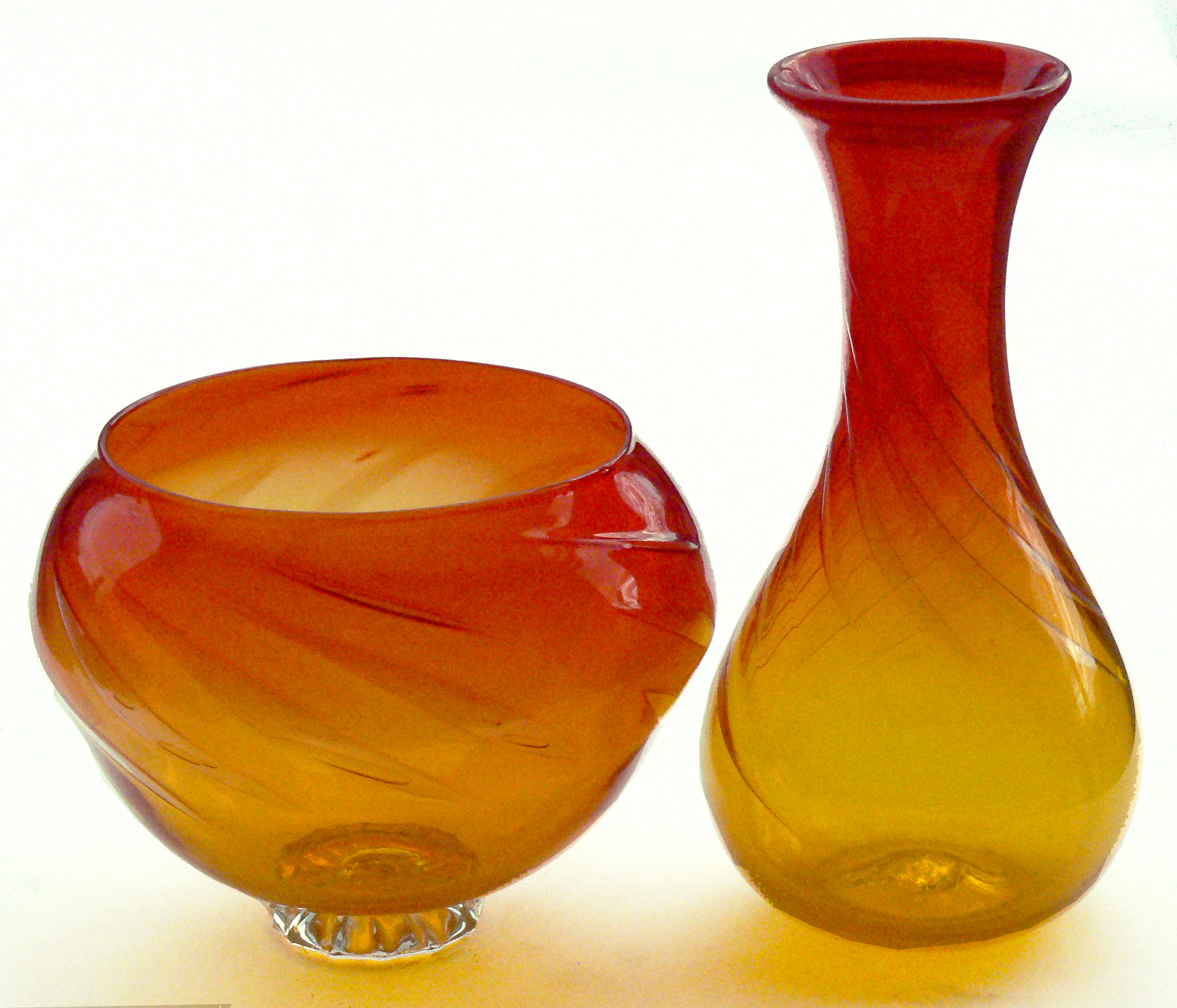yellow red bubble vessels