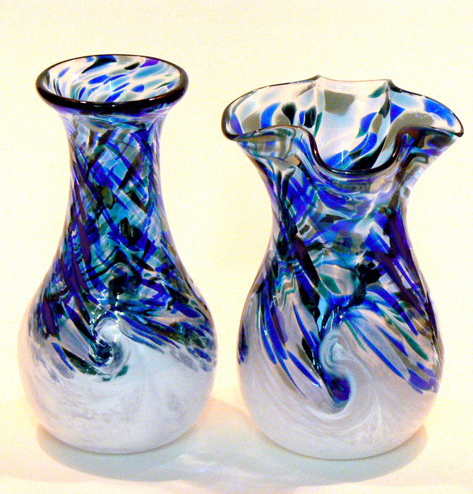 white wave sm vases wsc